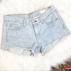 Rag & bone denim cut off short light was size 24